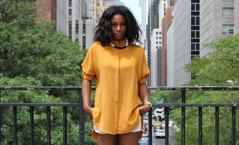 Et pourquoi pas porter le gilet jaune ce printemps?