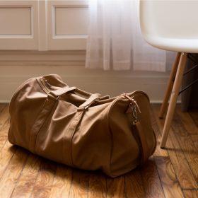 Quelques astuces pour voyager confortablement tout en  restant fashion