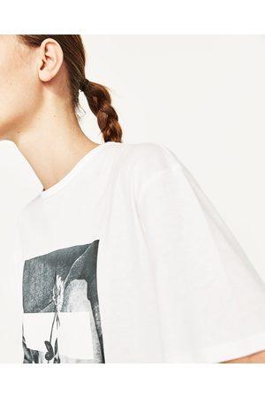 Femme T-shirts - Zara T-SHIRT IMPRIMÉ - Disponible en d'autres coloris