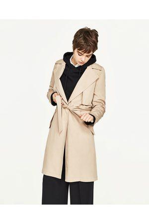 Femme Manteaux - Zara GABARDINE FLUIDE AVEC DOUBLURE À CARREAUX VICHY - Disponible en d'autres coloris
