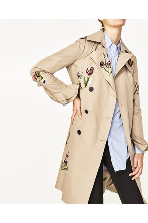 Femme Trench-coats - Zara TRENCH BRODÉ