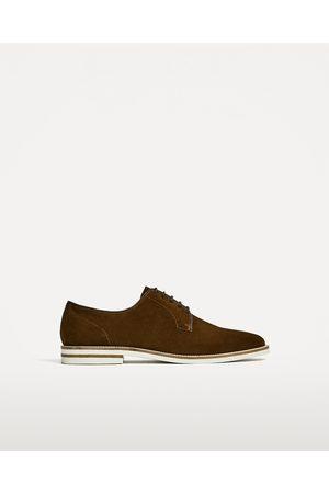Homme Chaussures - Zara CHAUSSURES EN CROÛTE DE CUIR SPORT - Disponible en d'autres coloris