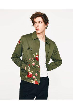 Homme Vestes en jean - Zara BLOUSON BOMBER EN JEAN AVEC BRODERIES