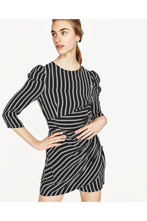b8e46fe7b98 Robes femme hiver 2017 Zara - comparez et achetez
