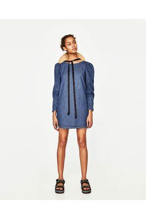 Femme Robes en jean - Zara ROBE EN JEAN AVEC MANCHES BOUFFANTES