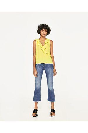 Femme Tops & T-shirts - Zara TOP DÉCOLLETÉ VOLANTS - Disponible en d'autres coloris
