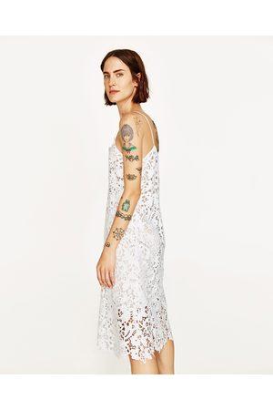 Femme Robes midi - Zara ROBE À BRETELLES EN DENTELLE
