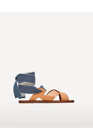 Chaussures Comparez Des Et Zara Achetez Basses Femme UFrIqRU