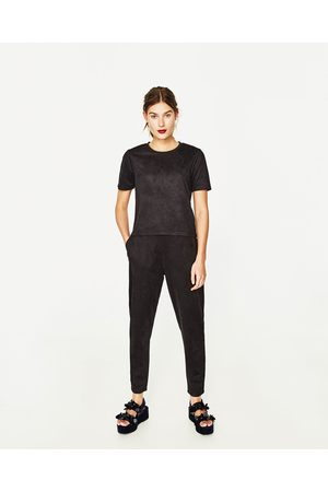Femme Joggings - Zara PANTALON DE JOGGING EN SIMILI DAIM - Disponible en d'autres coloris
