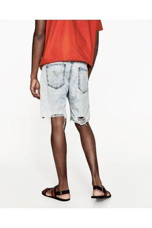 Homme Shorts en jean - Zara BERMUDA EN JEAN DÉCHIRÉ - Disponible en d autres 09b439ba19c7