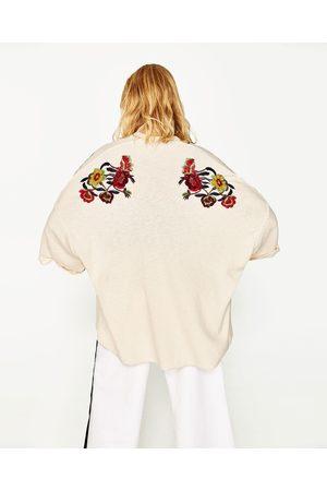 Femme Kimonos - Zara KIMONO AVEC FLEURS BRODÉES