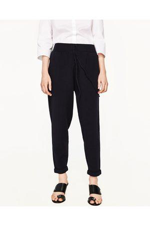 Disponible Jogging D'autres Lacets Coloris Pantalon De Avec En qSMUVLzpG