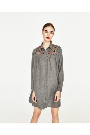 Femme Robes business - Zara ROBE CHEMISE BRODÉE