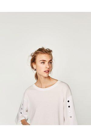 Zara T-SHIRT AVEC BOUTONS-PRESSION AUX MANCHES - Disponible en d'autres coloris