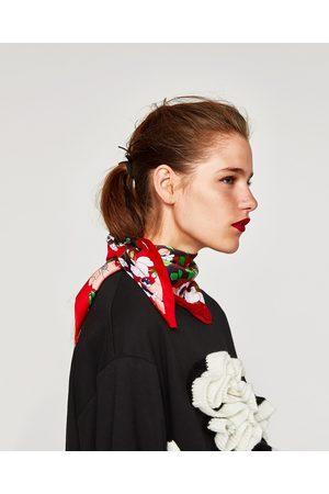Zara FOULARD TYPE BANDANA