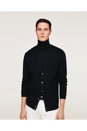 Zara CARDIGAN BASIQUE - Disponible en d'autres coloris
