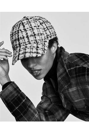 Zara CASQUETTE EN TWEED À CARREAUX