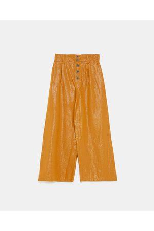 Zara Pantalons larges - PANTALON LARGE À BOUTONS