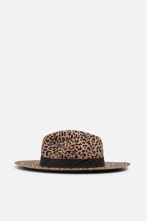 Zara Chapeau imprimé léopard