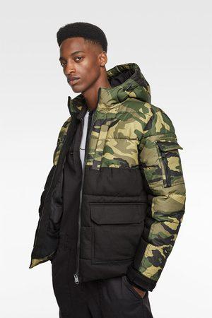 Zara Contrast camouflage puffer jacket
