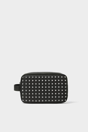 Zara Trousse cloutée noire
