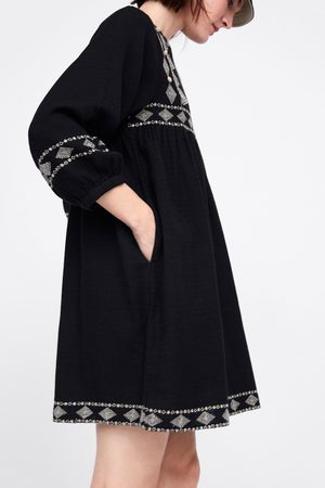 Zara Femme Robes - Robe brodée