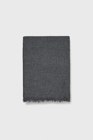 Zara Flowing scarf