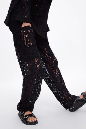 Zara Pantalon en dentelle