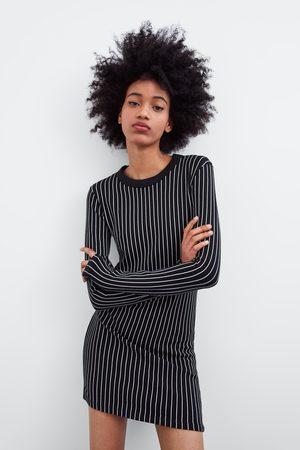 Zara Femme Robes - Robe ajustée