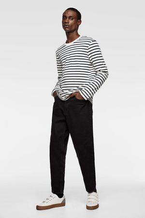 Zara T-shirt à rayures et manches longues
