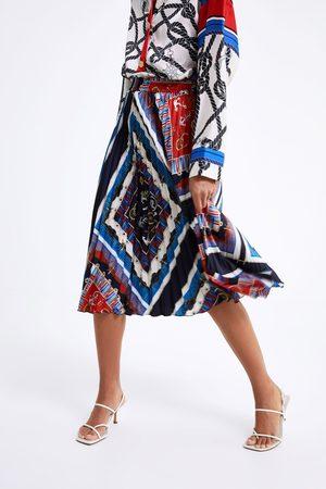 Zara Jupe plissée à imprimé nœuds
