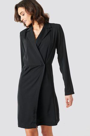 NA-KD Collared Wrap Over Midi Dress - Black