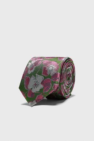 Zara Cravate large en jacquard à fleurs