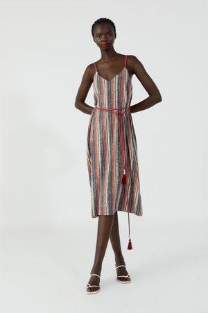Zara Robe imprimée à rayures colorées