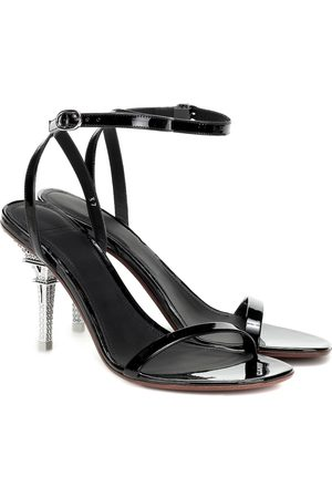 Vetements Sandales en cuir verni