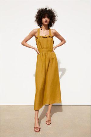 Zara Femme Robes - Robe effet brut