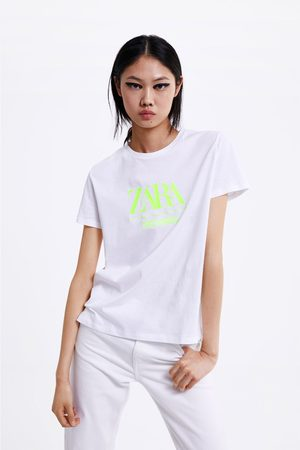 T-shirt à logo brodé fluo