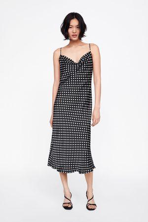 Achetez Lingerie Taille Et Comparez Robes Femme Grande BErdWCoeQx
