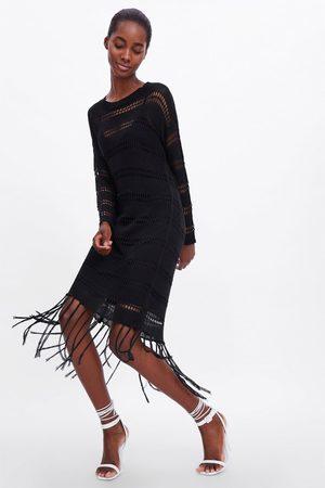 Zara Robe en crochet à franges