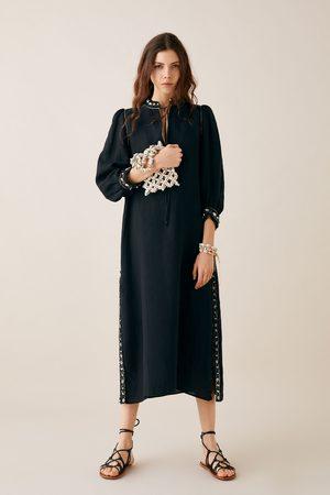 Zara Robe en lin avec coquillages