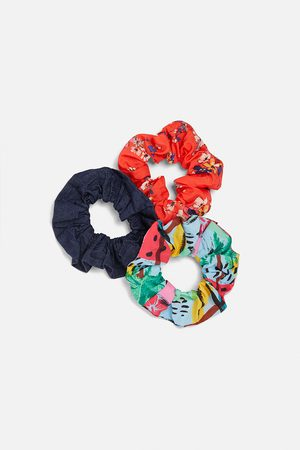 Zara Pack of 3 scrunchies