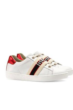 Gucci Baskets Ace à bande logo