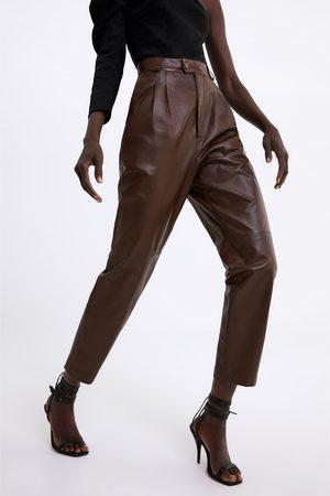 pantalon cuir femmelarge