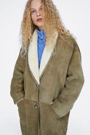 Zara Manteau en cuir retourné édition limitée