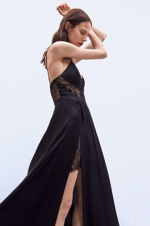 Zara Robe longue en dentelle édition limitée