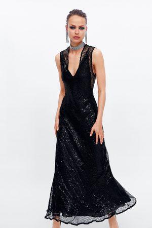 Zara Robe à paillettes et résille édition limitée