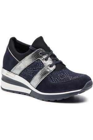 Sneakers QZ 12 02 000076 607