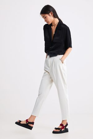 Zara Pantalon à pinces et sac banane