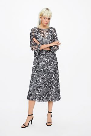 4e8a4d06427 Zara Robe en robe en résille et à paillettes édition limitée