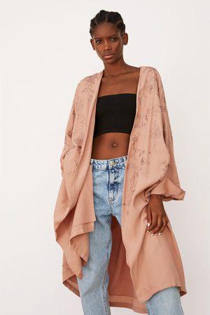 Zara Kimono brodé édition limitée
